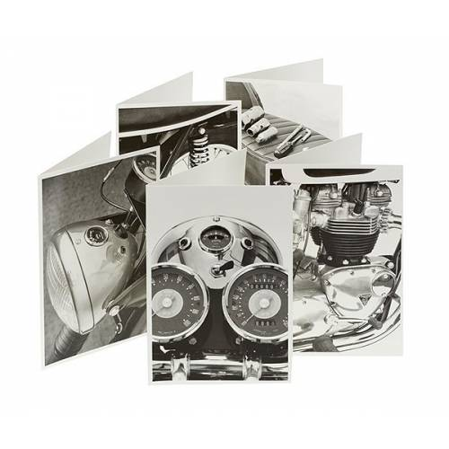 Cartes postales Monochrome Triumph